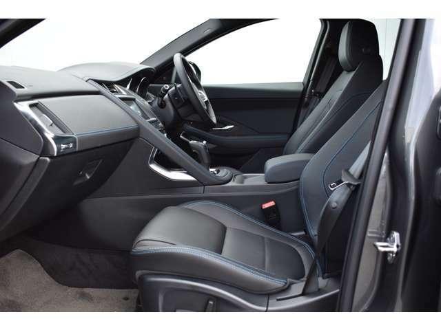 シートヒーター付10ウェイ電動フロントシートで快適なドライブをサポート!