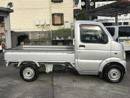 【全国どこでもご納車可能です】沖縄から北海道、全国どこでもご納車可能です。御成約いただいたお車を大切にご自宅まで輸送いたします。離島のお客様も是非一度お問い合わせ下さい。