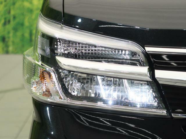 お洒落な【LEDヘッドライト】装着車!より明るく、より安全に、よりかっこよく夜道をドライブできます!