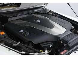 3.0LV型6気筒DOHC 最 大出力245ps最 大トルク61.2kgm