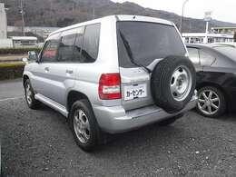 中古車には保証をお付けすることが可能です(対象車に限る)。万が一の場合もお近くの整備工場で修理が可能な為、大変ご好評をいただいております。お気軽にお問い合わせください。