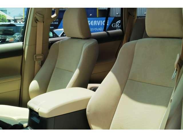 高品質でデザイン性の高いシート☆オプションにてシートカバーはいかがでしょうか??