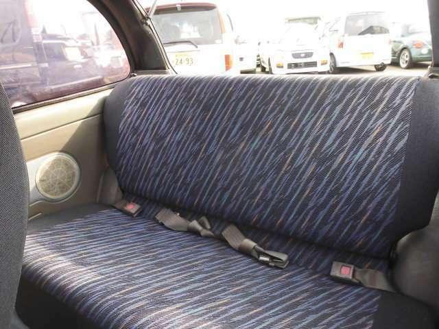☆後部座席側からのアングルです☆