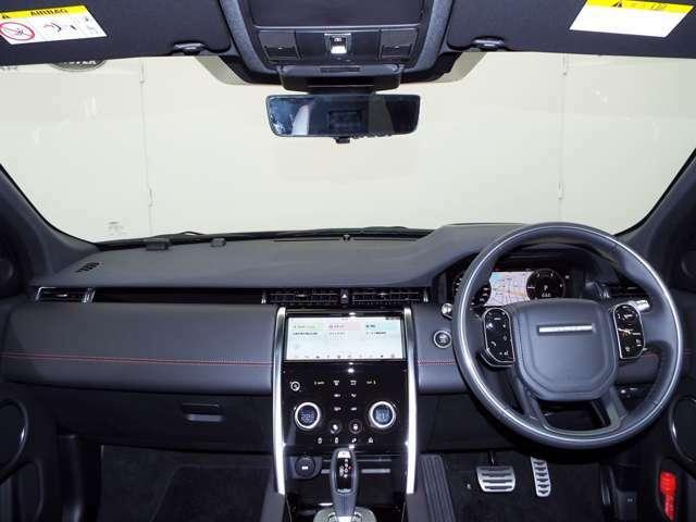 Apple CarPlay・Android Autoを搭載。Google mapもナビ画面に映せ、お持ちのスマートフォンに接続でき、デジタルTVも内蔵しております。またBluetoothなどのメディアにも対応しております。