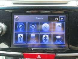 純正HDDナビです。DVD/CD再生のほかにもフルセグTV、ミュージックサーバー、USB接続、Bluetooth連携機能も装備されとっても便利です!