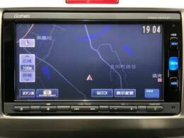 ・ディーラーオプションのギャザーズナビ装備。Bluetooth等多彩なメニューも使用可能です。