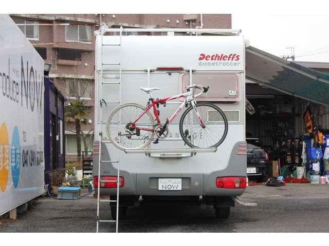 3台積みのサイクリングキャリア、リアラダーも装備しております♪