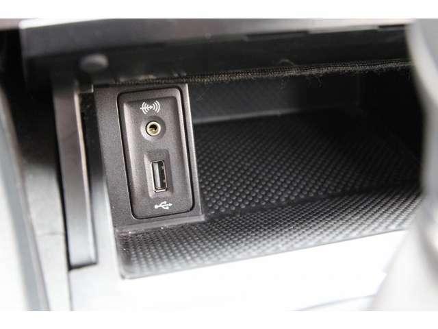 純正地デジナビ バックカメラ ETC ブルートゥース  アクティブクルコン・レーンアシスト アイドリングS キセノン・衝突軽減ブレーキ スマートキー