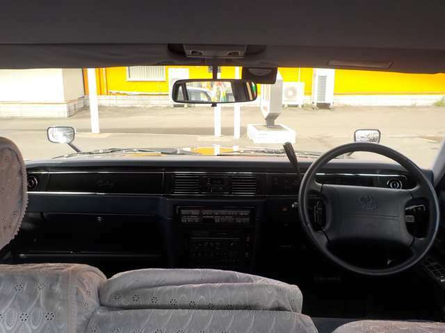 ベンチシート コラムオートマ 全席パワーシート Wエアコン オートライト クルーズコントロール トランクイージークロージャー リアマッサージシート