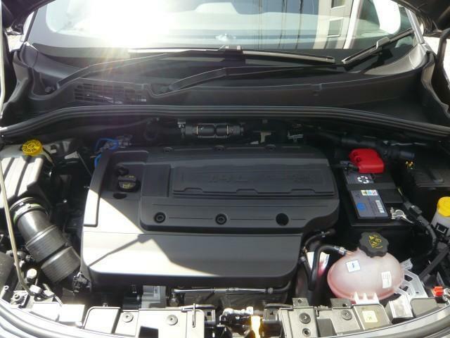 1.3Lターボエンジンはパワフルで、高速道路の合流においても力不足は感じません。