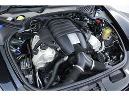 3.6L V型6気筒DOHC、300ps/40.8kgm