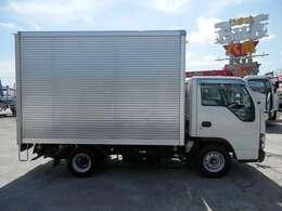 H17 いすゞ エルフ 小型 バン AT 積載1450 走行122000 ボディ内寸長さ3080 幅1640 高さ1980 タイミングベルト交換済み スタッドレスタイヤ