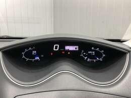 【デジタルメーター】速度計がデジタルで分かりやすいです★長距離ドライブの時もラクラク★