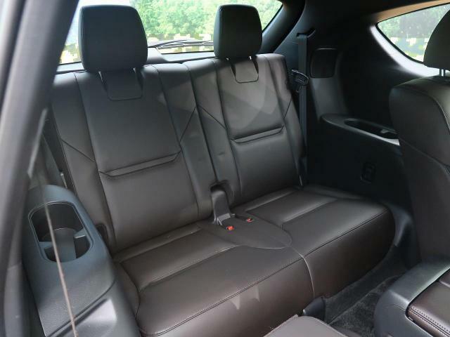 サードシートも使用感が少なく綺麗です♪