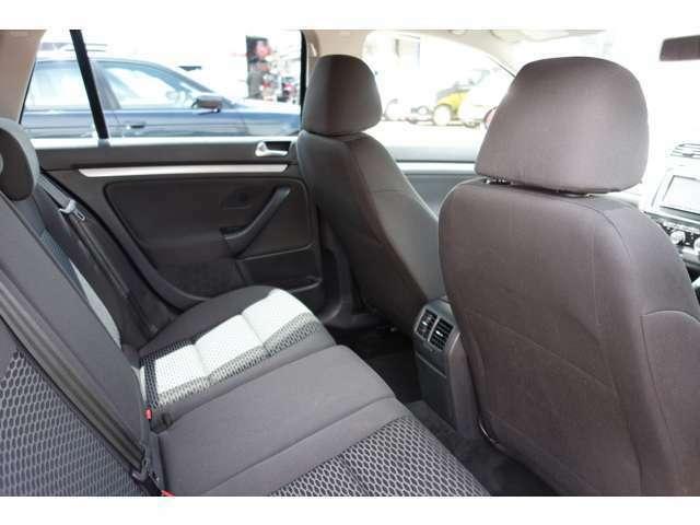 プロの目で厳選する高品質車を満足のいく価格で販売いたします!まずはお電話ください!☆ http://www.anfang.jp