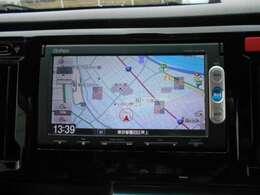 純正用品ナビ装備。CD/DVD/Bluetooth/ワンセグがご利用いただけます。