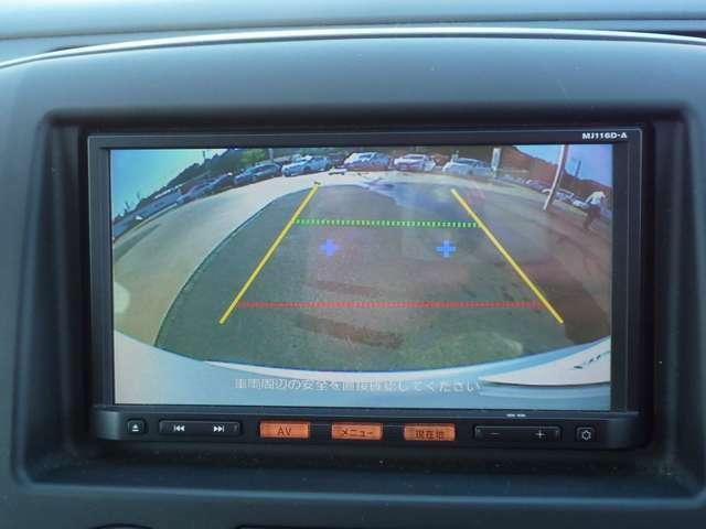 バックカメラ付きで駐車の際に便利です