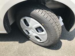 高年式で走行距離も少ないため、タイヤの残り溝もタップリあります!!