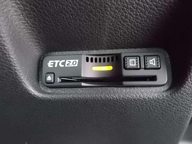 【ETC】便利なETC車載器も装備!次世代の2.0タイプになります。高速道路の料金所もスムーズに通過できます。今や必須の装備ですね!お客様用にセットアップをしてのお渡しとなります!