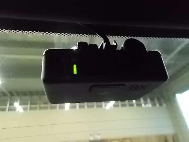リアドライブレコーダー。