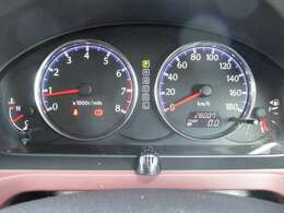 走行28007キロ☆内・外装クリーニング済み!キレイなお車です。☆