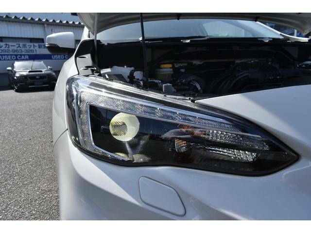 LEDヘッドライトで夜間の運転も安心です