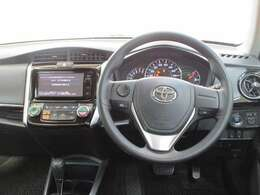 スポーティーな運転席周りですね☆ 操作しやすい運転席周りで、スポーティーな走りを楽しめます♪ 運転がますます楽しく(^^♪