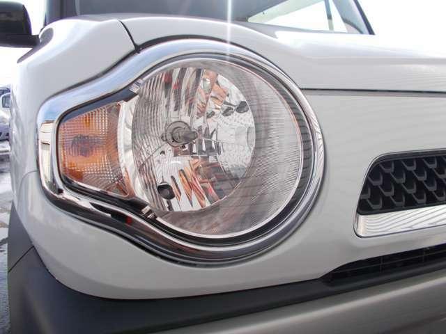 ハロゲンヘッドライトです!別途料金になりますがHID・LEDも販売しております!