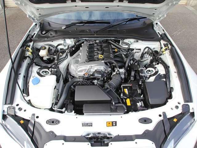 クリーニング済み綺麗なエンジンルーム&新開発SKYACTIV-G1.5リッターP5-VP[RS]後期型132馬力エンジン!!