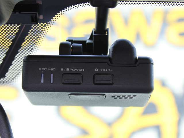純正採用KENWOOD製ドライブレコーダー(カメラ一体タイプ/NDK1 V6 580)付!!
