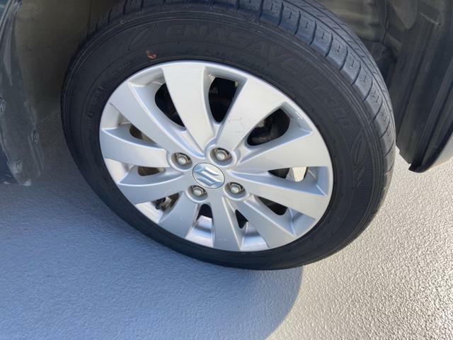 お車のお取り置きは行っておりません。ご希望のお車がある場合はできる限りお早目の来店をお願い致します。