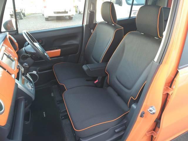 運転席・助手席シートも綺麗な状態です♪