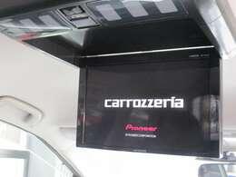 リアエンターモニター装着車!車内がまるで映画館に♪週末のドライブが楽しみになりますよ♪