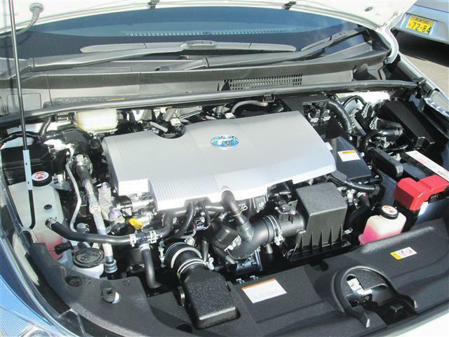 ◎1.8Lハイブリットエンジンで低燃費ですね!!!