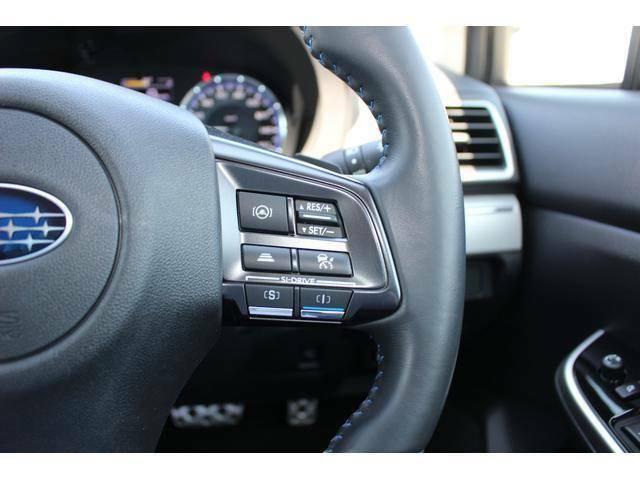 追従クルーズコントロール機能とアクティブレーンキープ機能で高速での走行が楽々!運転の疲れに差がでます。