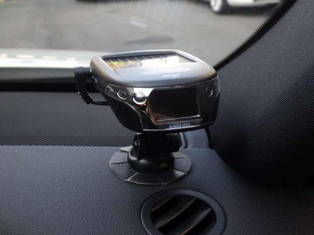 GPSレーダー探知機も装着しております。