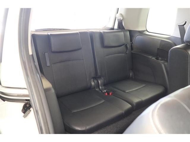 7名まで乗車可能です!ご家族やご友人を誘って楽しいドライブへ出かけたいですね!