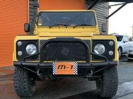 平成15年式(03y)ランドローバーディフェンダー90 Td5 4WD!ディーゼルターボEg!ショートボディー!乗車定員6名モデル!純正5速車!2500cc!Wチューブバンパー付!ウィンチバンパー!