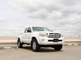 米国トヨタ タコマ アクセスキャブ 4.0 V6 4WD TRDオフロードPKG