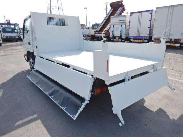極東開発製ダンプユニット 運転席エアバック ABS