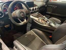 AMG GTS ダイナミックプラスパッケージ フルレザーパッケージ ブルメスターサラウンドサウウンドシステム インテリアカーボンパッケジ