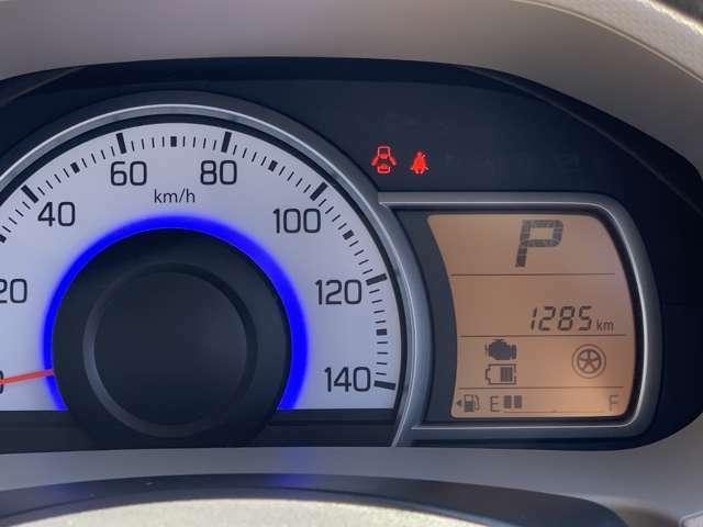マルチインフォメーションディスプレイ☆アイドリングストップ節約燃料/アイドリングストップ時間/瞬間燃費/平均燃費/航続可能距離/オドメーター/トリップメーターなど表示できますよ☆