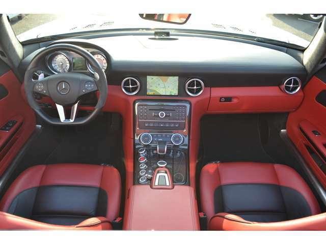 ナッパレザー 純正HDDナビ 地デジチューナー Bカメラ ETC エアスカーフ シートヒーター エンジンルームカーボンパネル・カーボンセンターコンソール 純正AMG(F19R20AW) 取説 新車時保証書 記録簿