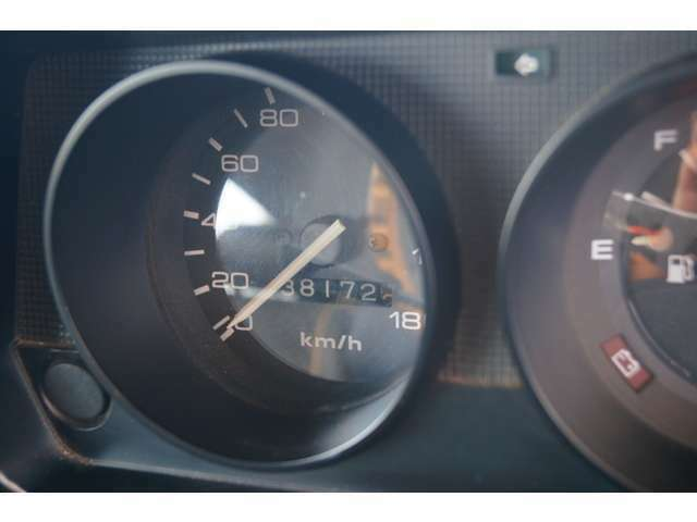 私達B.M.C SERVICEは豊富な知識と経験を活かし、お客様の愛車をサポートいたします。
