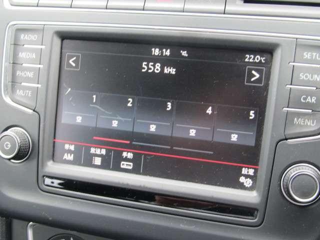 純正オーディオシステムもタッチパネル式で使い勝手が非常にいいです。