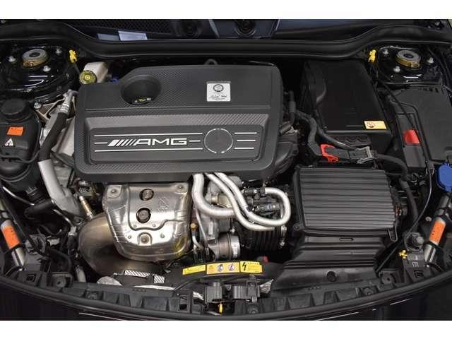 AMG専用開発2,000cc直列4気筒直噴ターボエンジン(360馬力 )&7速オートマティックトランスミッション搭載(カタログ値)