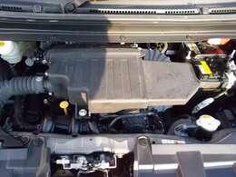 ご納車の前にサービス工場で車検点検整備(法定24ヶ月点検)を行い、エンジンオイル・オイルフィルター・ワイパーゴム等を交換いたします。