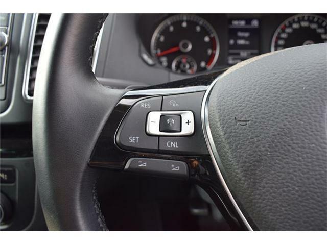 アダプティブクルーズコントロール(安全な車間距離をキープ)、レーンキープアシスト(車線逸脱の検知)、後方死角検知(安全な車線変更をサポート)搭載。