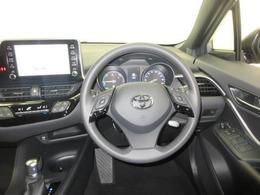 『車両検査証明書』中古車の総合評価や内外装の状態などをひと目で分かるよう、プロの検査員が実施した車両検査証明書をご用意しています!