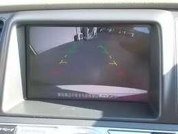 バックビューモニター装備!駐車時や後退時の安心感が違いますよね^^